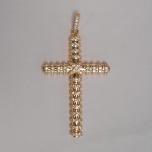 Cross-pendant-4