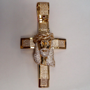 Cross-pendant-5